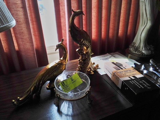 "Pair of Exotic Birds, 13"" tall x 12"" wide with Glass Bowl in Brass Footed Base"
