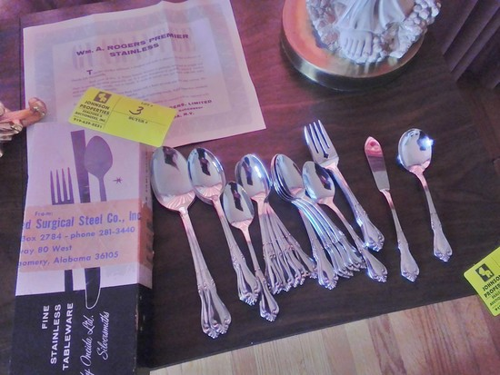Wm. A. Rogers Stainless Flat Ware: 36 Pieces including Teaspoons, Tablespoons, Salad Forks