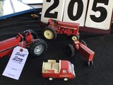 Model tractors some w/ rubber tires, (1) marked Buddy L, (3) marked Ertl, various sizes