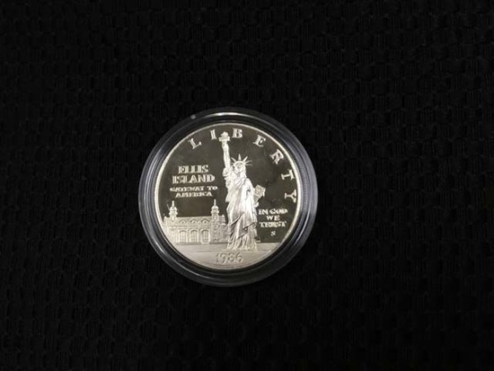 1986 United States Liberty Coin One Dollar, Boxed Set; Uncirculated