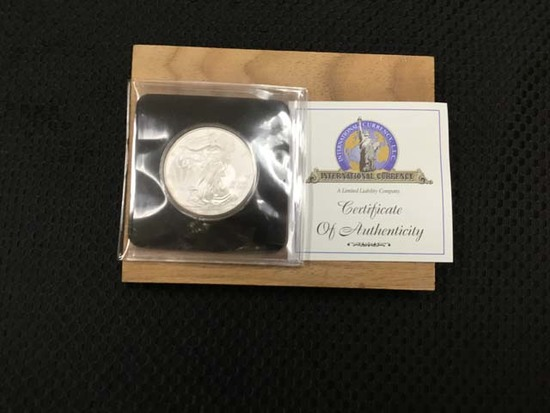 2009 Unites States of America Silver Eagle Fine Silver Dollar, 1 Troy Ounce; Uncirculated; includes