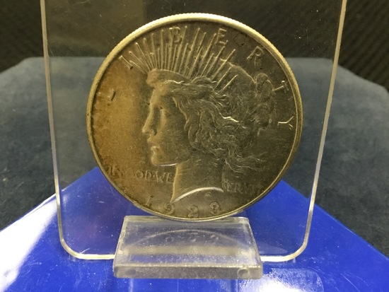 1923 United States of America Peace Silver Dollar; Minted Philadelphia; E-Pluribus-Unum