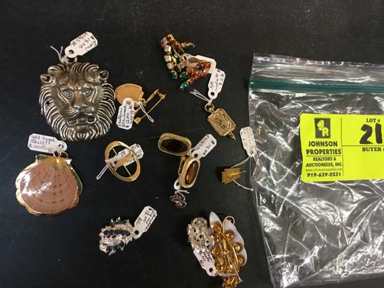 Bag of Fashion Jewelry, (Pins, Brooches, Necklace Slides/Pendants, and Earrings)