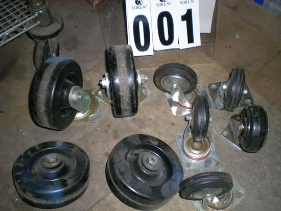 """Box lot with 7 casters; 5 are 4"""" & 2 are 6"""""""