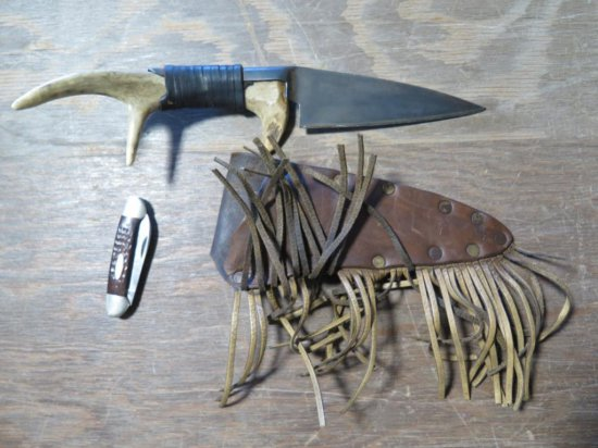Deer antler sheering blade w/leather sheath & jackknife, tag#7079