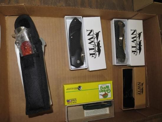 (5) Assorted pocket hunting knives in boxes, tag#5216