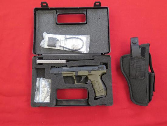 Walther P22 .22 semi auto pistol w/ holster , tag#1235