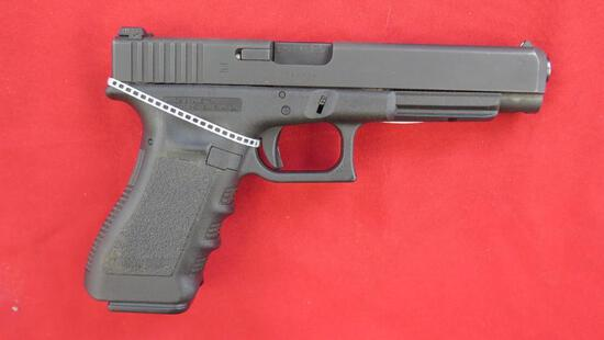 Glock 35 .40 semi auto pistol with 2 mags & case, tag#1404