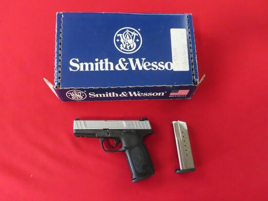 Smith & Wesson SD9 VE 9mm pistol, extra mag.~4047