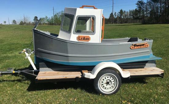 New Handcrafted tugboat & trailer