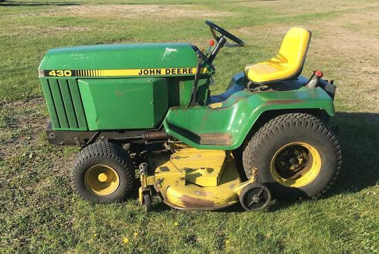John Deere 430 Diesel Lawn Tractor
