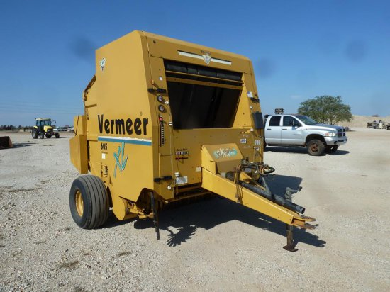 VERMEER 605XL ROUND BALER W/ACCU-MONITOR   Farm Machinery