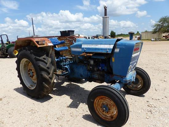 FORD 4000 DIESEL TRACTOR 1 REMOTE, 1,428 HRS SHOWING, SN-A197076