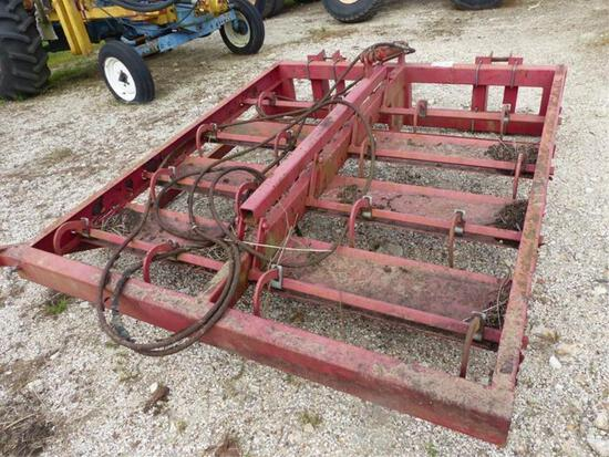 SQUARE BALE GRAPPLE W/JOHN DEERE QUICK HITCH