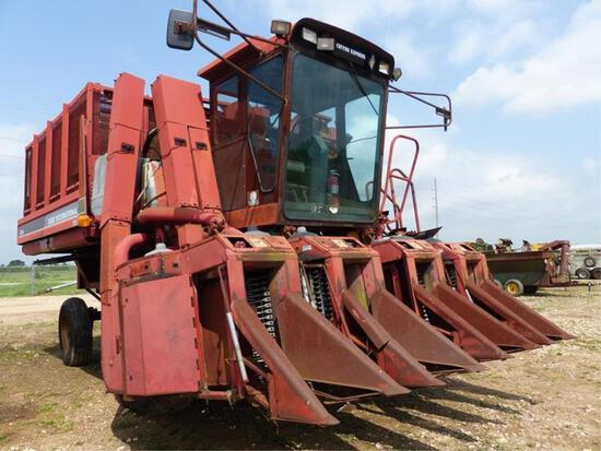 CASE IH 2044 4 ROW COTTON PICKER
