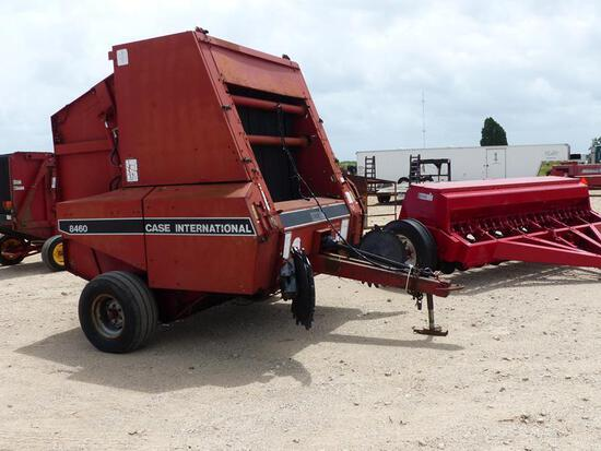 CASE INTERNATIONAL 846 ROUND BALER