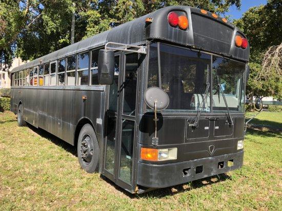 2006 INTERNATIONAL 3000 CUSTOM LUXURY SCHOOL BUS, DT466 DIESEL ENGINE W/ALLISON TRANSMISSION