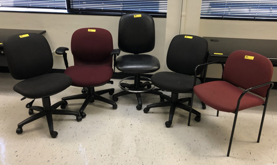 ASSORTED CHAIRS: ROLLING, ARM AND CLIENT CHAIRS