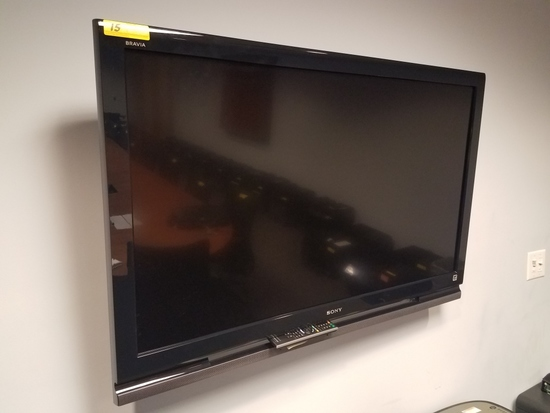 "SONY BRAVIA 52"" LCD HDTV WITH BRACKET MOUNT"
