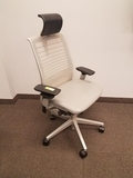 STEELCASE ADJUSTABLE ROLLING CHAIR