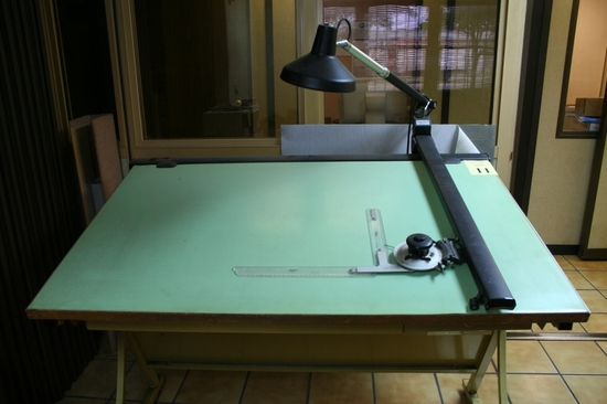 VEMCOLITE MODEL VL-4 DRAFTING TABLE WITH CHAIR