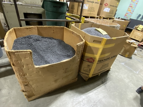 GAYLORD BULK CONTAINERS WITH VINYL PELLETS