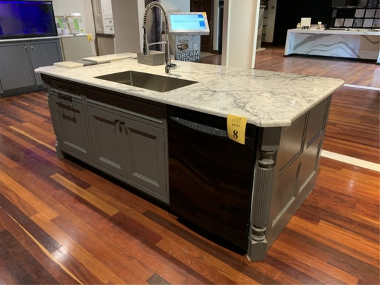KITCHEN ISLAND WITH NATURAL STONE TOP,