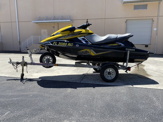 2015 YAMAHA WAVE RUNNER FX SVHO INCLUDES TRAILER