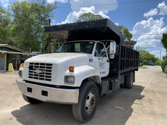 1998 CHEVROLET C7H042 CONVENTIONAL CAB TRUCK