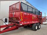 2016 Meyer 9520 20ft Manure Spreader