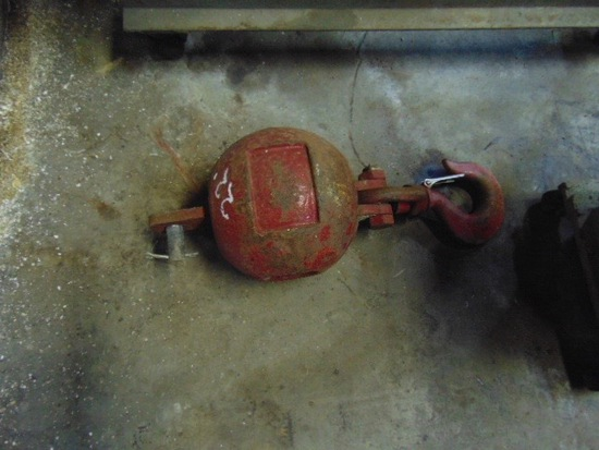 Cleaves Ball for Crane