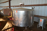 6 ft Dia. X 36 in Deep S/S Jacketed Mix Tank, 4 Legs