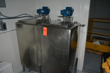 Dual Compartment Single Wall 100 Gallon Mix Tank with Agitators