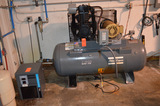 10 HP Air Compressor, 35fcm@175psi 460v with Atlas Copco FX5 Air Dryer