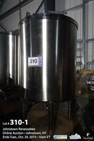 600 Gallon Stainless Steel Vertical Single Wall Tank, Flat Top, Dished Bott