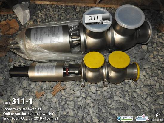 "Lot of (1) 4"" pneumatic reversing valve and (1) 2"" reversing valve"