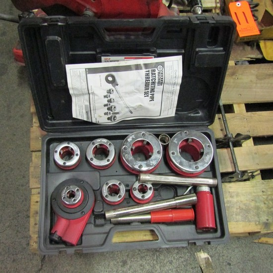 Central Pneumatic Ratcheting Pipe Threader Set