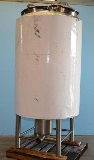 400 Gallon Vertical S/S Insulated Dished Heads Tank, Location: Y-03