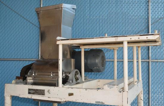 Fitzpatrick Company 20 Fitzpatrick Model 20 GuiloCutter S/S Pre Breaker Mill with Elevated Platform,