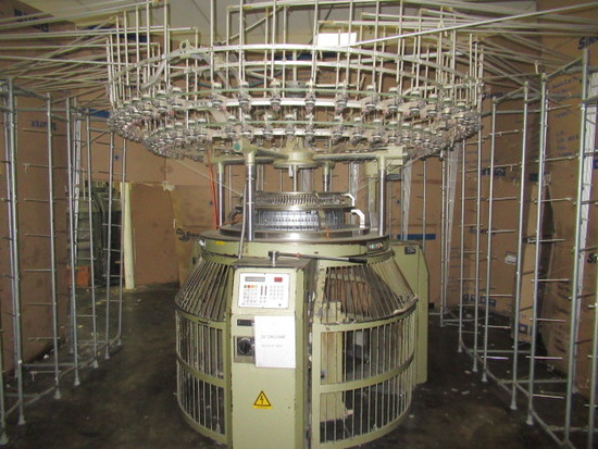 Keum Yong Machinery Co. 26 in Knitting Machine, Model KM-4WY47, S/N 960312-1, 20 Cut, 104 Feed with