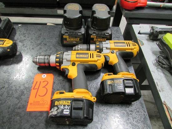 Lot - (2) DeWalt 14.4V Model DC930 Cordless Heavy Duty 1/2 in. XRP Drill/ Drivers; with (4) 14.4V