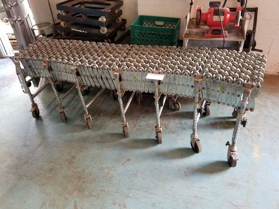 18 in. wide Expandable Skate Conveyor