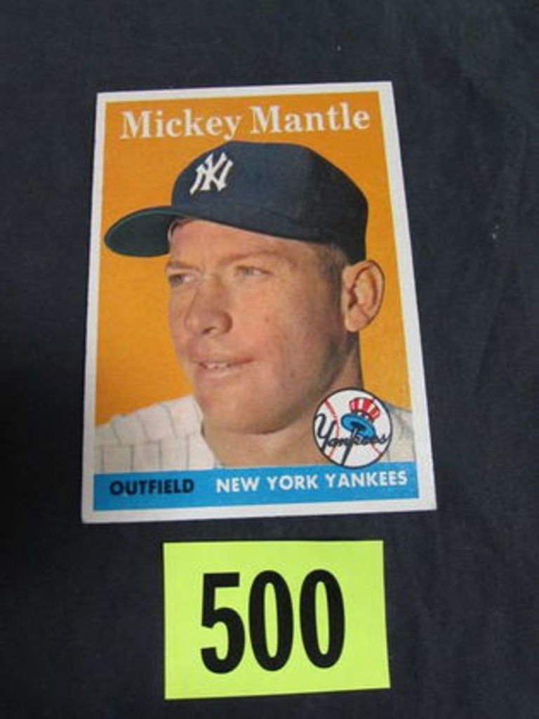 Huge Vintage Sports Card & Memorabilia Auction