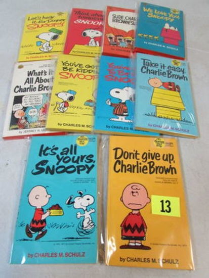 Lot (10) 1968-1980 Peanuts/ Charlie Brown Paperback Books (all 1st Prints)