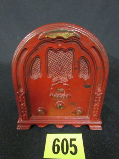 Antique Kenton Cast Iron Crosley Radio Still Bank