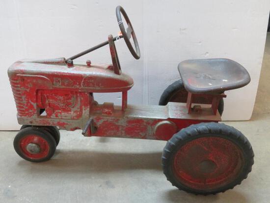 Rare Original IH Farmall Pedal Tractor