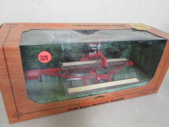1:25 Die Cast Wood-mizer Lt-40 Super Hydraulic Sawmill Mib