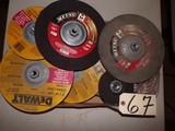 Assorted DeWalt grinder discs