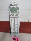 Vintage metal outdoor thermometer, Citizens Newspaper, Vernon Comapany, New