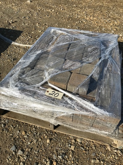 """Pallet of 5.5"""" x 5.5"""" pavers"""